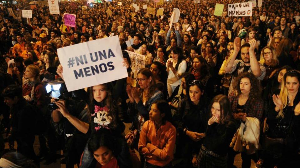 Por la eliminaci�n de la violencia contra la mujer
