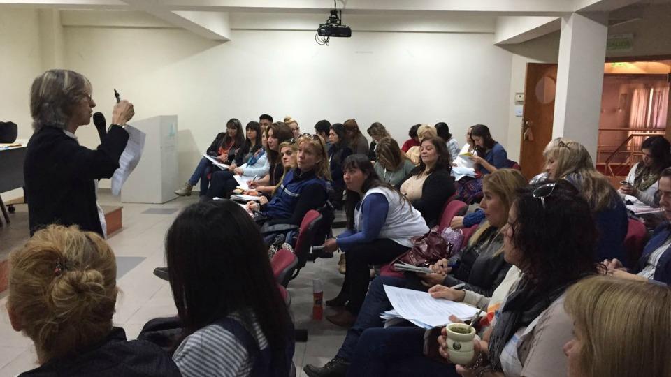 Capacitaci�n docente sobre mediaci�n educativa