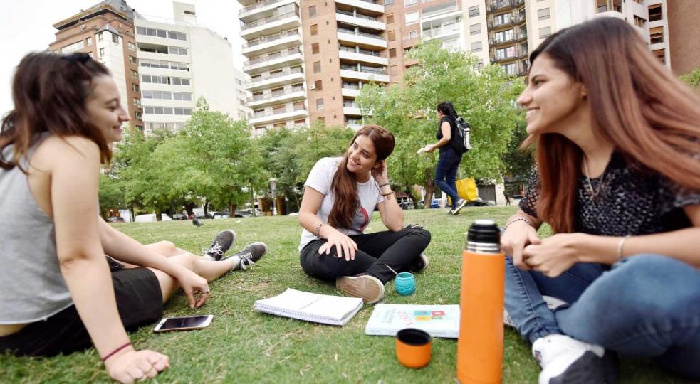 Estudiar en Córdoba requiere como mínimo $10.000